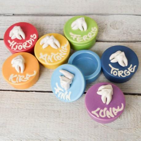 Regali per bambini. Vasetto per dentini da latte